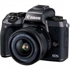 Digital EOS M5 with EF-M15-45 IS STM